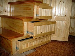 stairs-with-storage